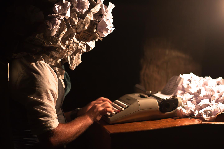 Menulis Ketika Pikiran Buntu
